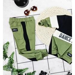 Spodnie joggery oliwkowe